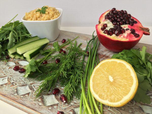 Zutaten für den Kräuter Salat mit Bulgur und Granatapfel