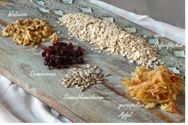 Zutaten für das Bircher Müsli