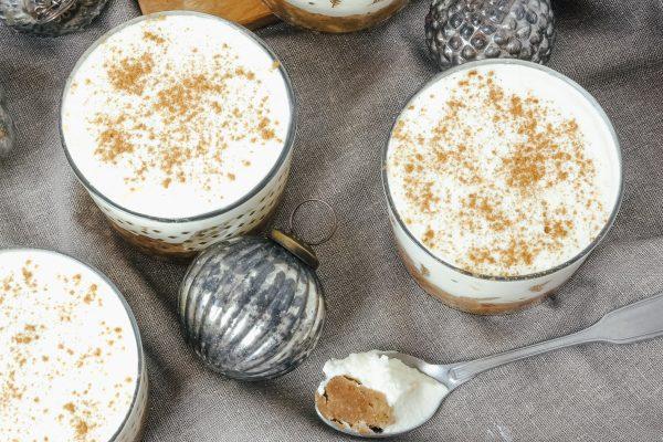 Nachspeise im Glas für Weihnachten: Orangen-Spekulatius-Creme