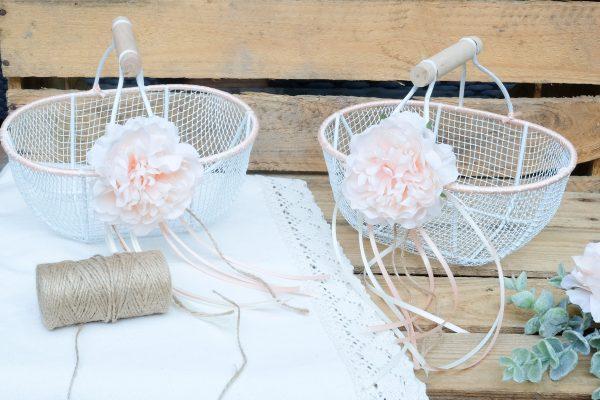 Hochzeit DIY: Körbe für Blumenkinder oder Blumenmädchen Basteln. Blumenkörbchen
