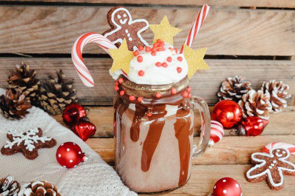 Weihnachtlicher Freakshake - Rezept, Deko Ideen, Zutatenliste