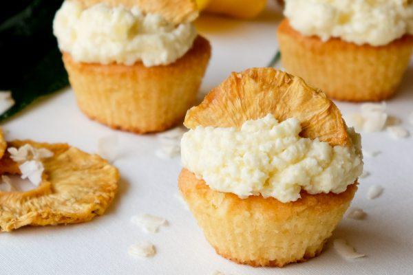 Einfaches Rezept für Ananas Kokos Cupcakes