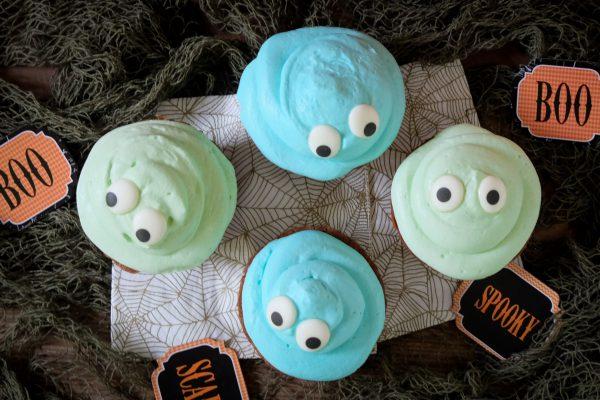 Monster Cupcakes mit Zuckeraugen