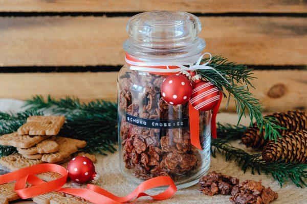 Rezept für Schoko Crossies mit Spekulatius, verpackt als Geschenk aus der Küche zu Weihnachten