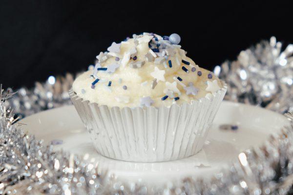 Rezept Pinata Cupcakes mit Silvester Überraschung