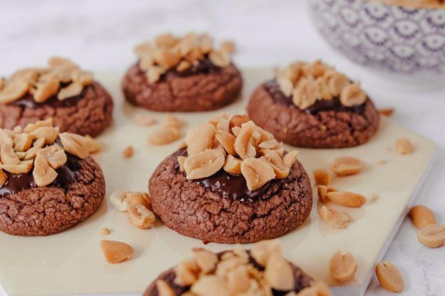 Cookies Rezept: Peanut Butter Schoko Cookies mit Erdnussbutter und gesalzenen Erdnüssen