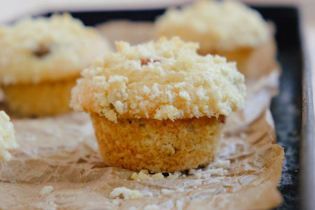 Buttermilch-Rhabarber-Muffins