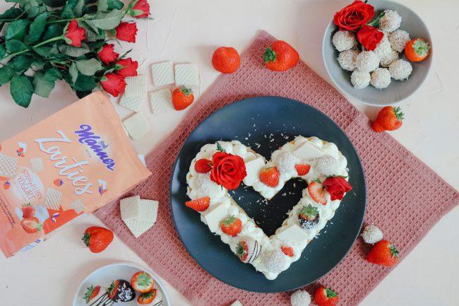 Letter Cake in Herzform für Muttertag