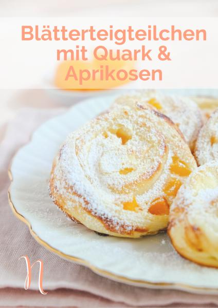 Blätterteigteilchen mit Quark & Aprikosen gefüllt